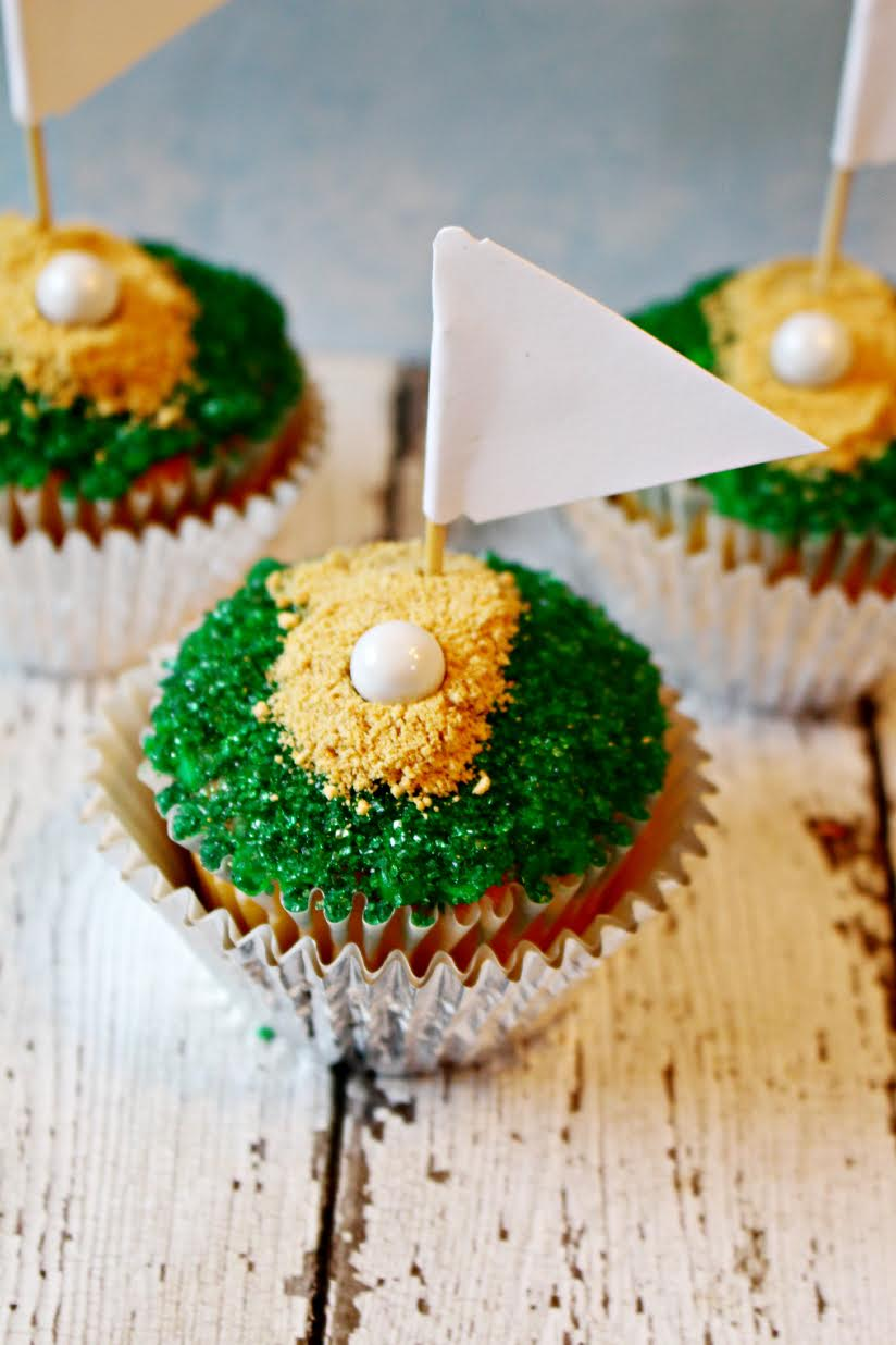 golf cupcakes recipe for father 39 s day seeing dandy. Black Bedroom Furniture Sets. Home Design Ideas