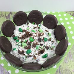 Thin Mint dessert that tastes like the Girl Scout cookies.