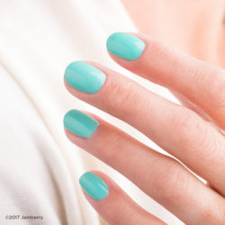 6 Must Have Summer Nail Polish Colors For 2017