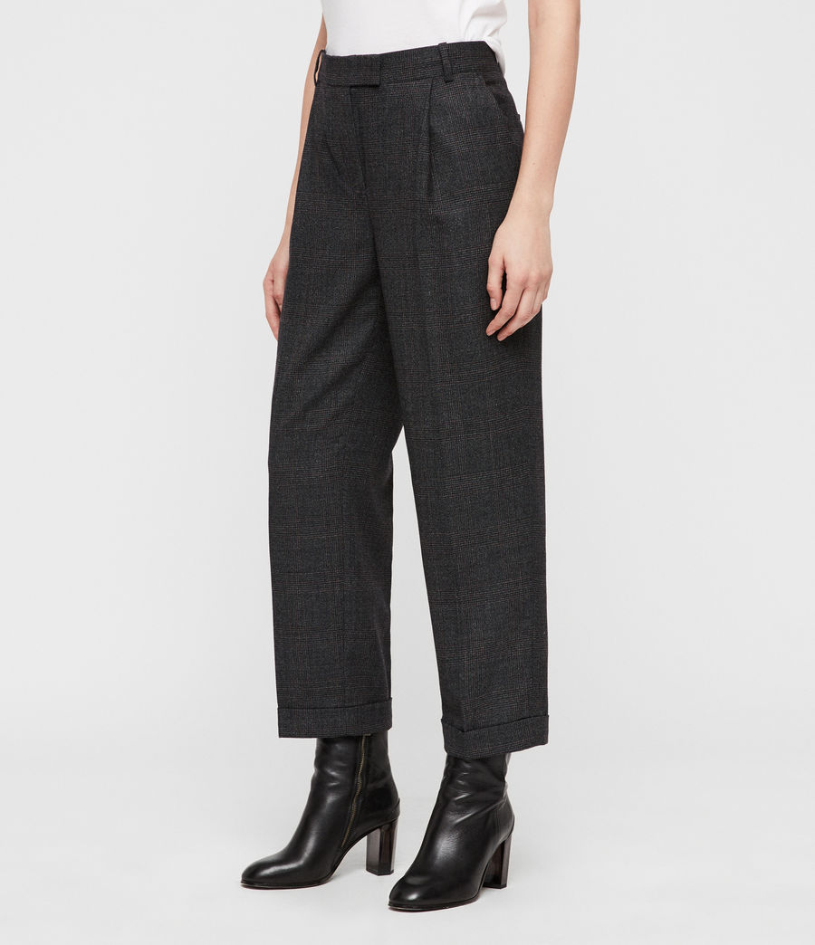 These trousers are always fitting for the fall fashion trends.