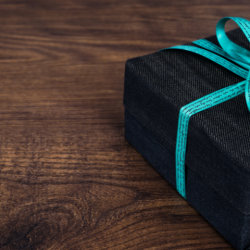 Amazon Audible last minute Fathers Day gift idea. Black box with Tiffany blue ribbon.