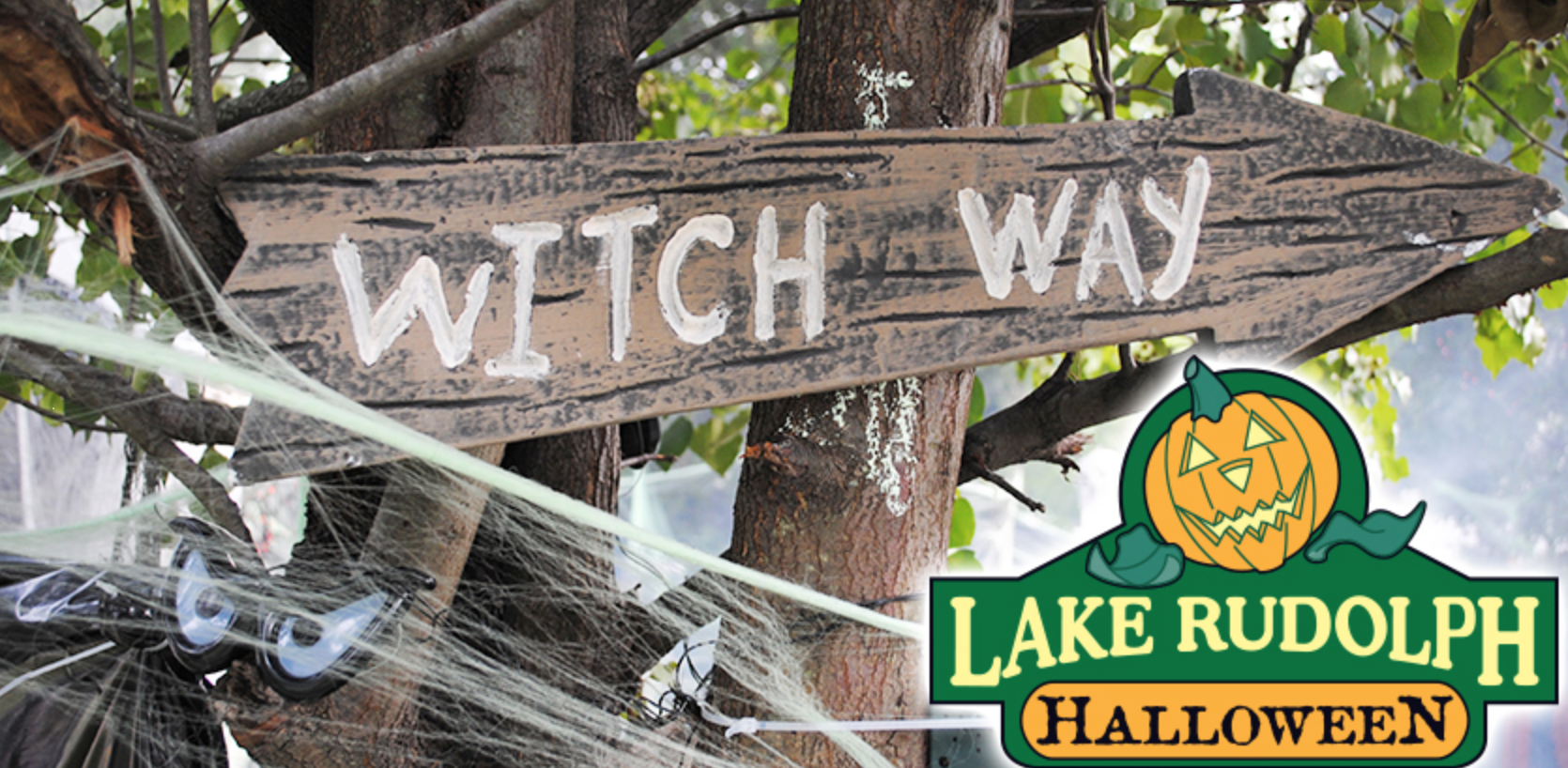 Lake Rudolph Halloween weekends in Santa Claus, Indiana. Witch Way sign.