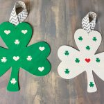 Farmhouse Style DIY Shamrock Wood Sign