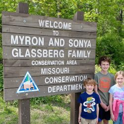 Myron and Sonya Glassberg Family Conservation Area hike near St. Louis, Missouri