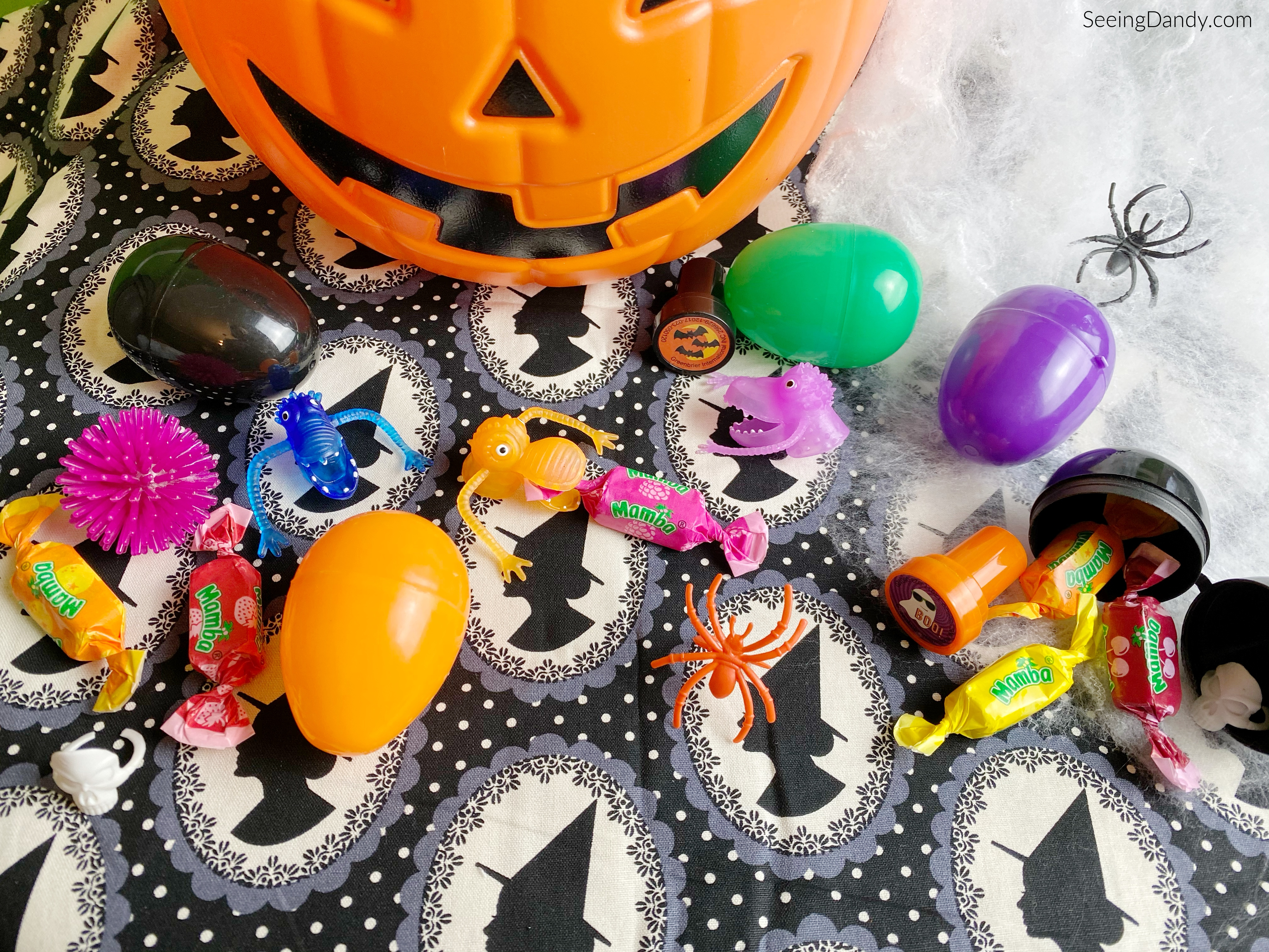 halloween egg hunt, halloween diy, witch fabric, halloween candy, halloween eggs, halloween trinkets, halloween pumpkin, spider rings, halloween stampers, monster finger puppets