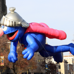 grover parade float, grover balloon float, super grover, flying grover, macys thanksgiving day parade