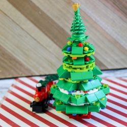 diy lego christmas tree, lego train, christmas train, holiday decorations, christmas decor, kid crafts, easy crafting