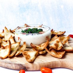 homemade pita chips recipe, easy recipes, party recipes, new years eve, football party