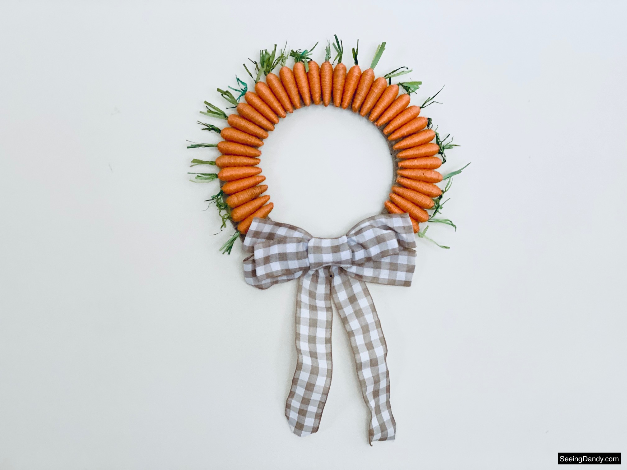 carrot wreath, diy wreath, easter wreath, dollar tree craft, easy crafts, easter decorating, spring wreath, springtime decor, home decorating, farmhouse style, porch wreath