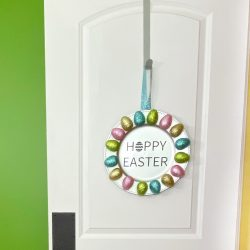 glitter easter egg wreath, easter decor, dollar tree craft, easter decorations, spring wreath, springtime decor, diy wreath