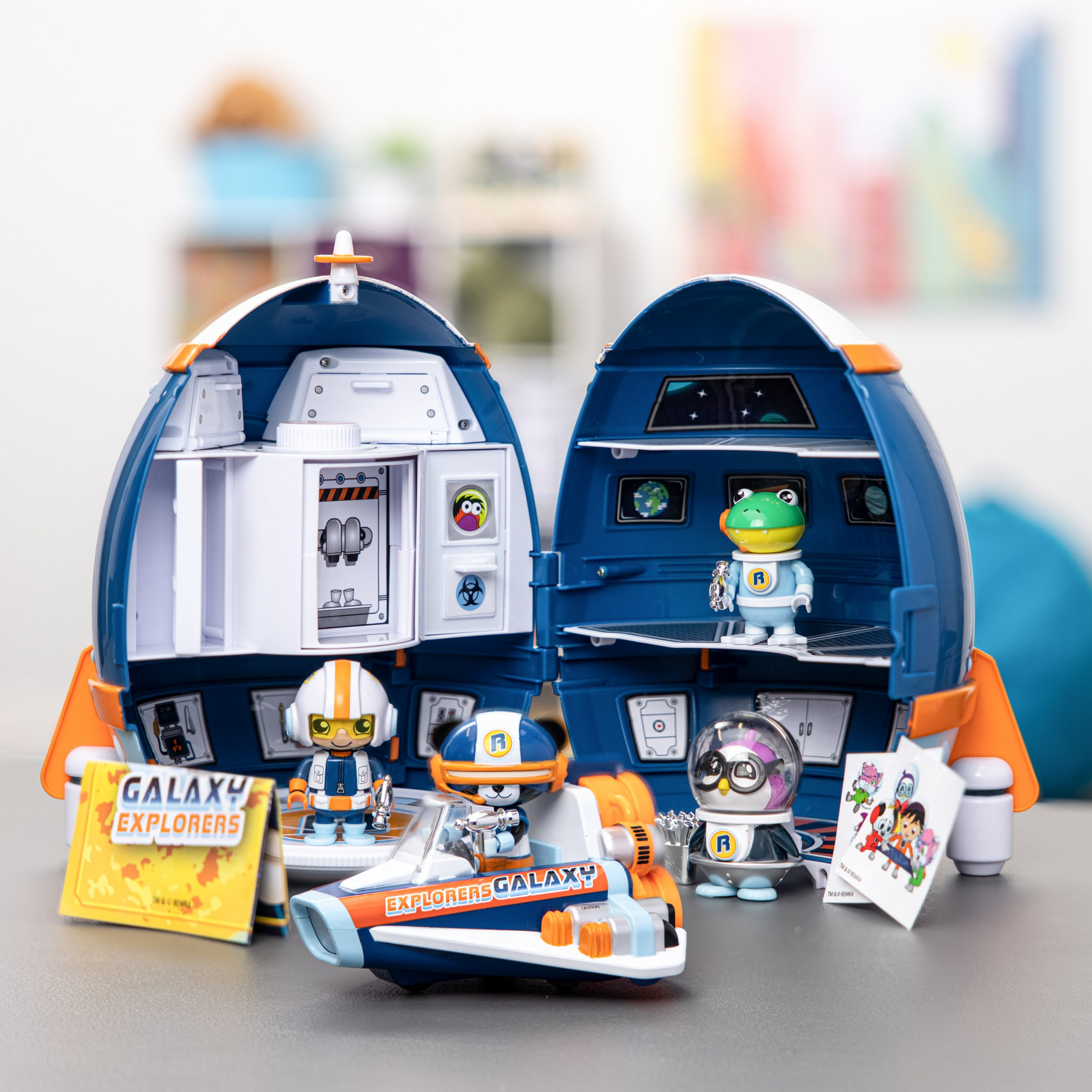 Ryans World Galaxy Explorers Mystery Adventure Playset, ryan blind bags, kids toys, 2021 toy gift guide, holiday toys, sweet suite at home, ryans toy review