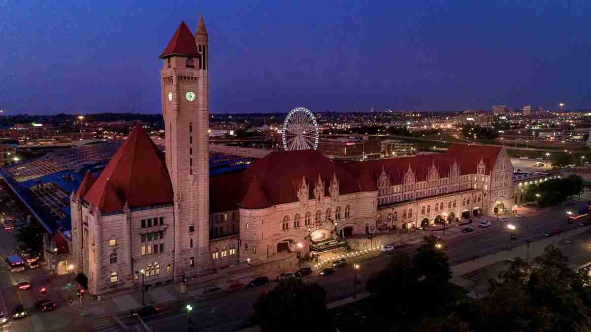 st louis union station hotel historical landmark